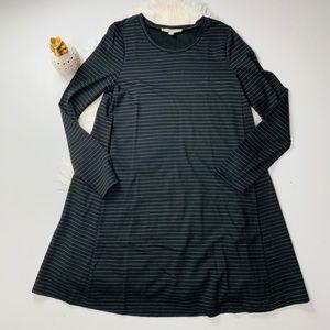 SALE 🍍LOFT stripped long sleeve dress size M